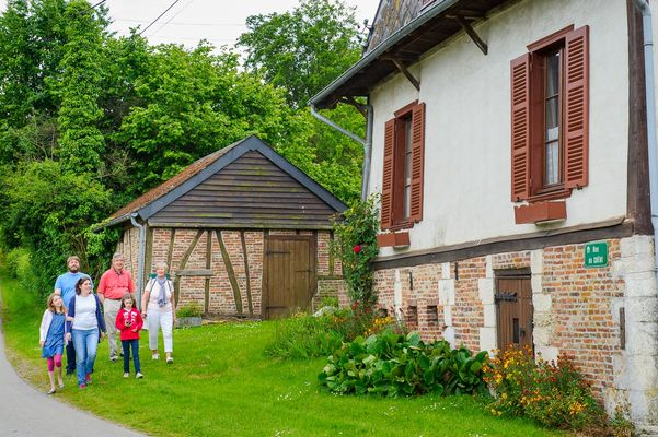 Village de Parfondeval < Thiérache < Aisne
