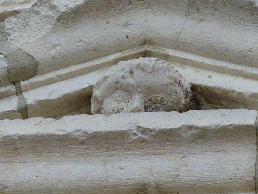 Eglise fortifiée < Parfondeval < Aisne < Picardie