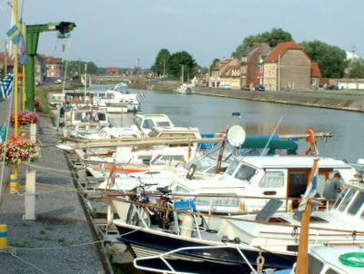 Port de Plaisance de Chauny < Chauny < Aisne < Picardie