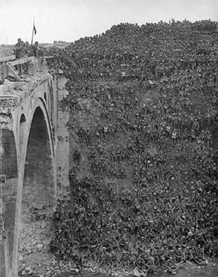 Riqueval Bridge 1918 < Pont de Riqueval < Bellicourt < Guerre 14-18 < WWI < Aisne < Picardie < France