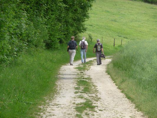 marcheurs < vallee Ailette < Aisne < Picardie