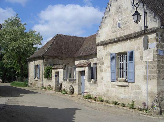 Maison de Saint Just < Blérancourt < Aisne