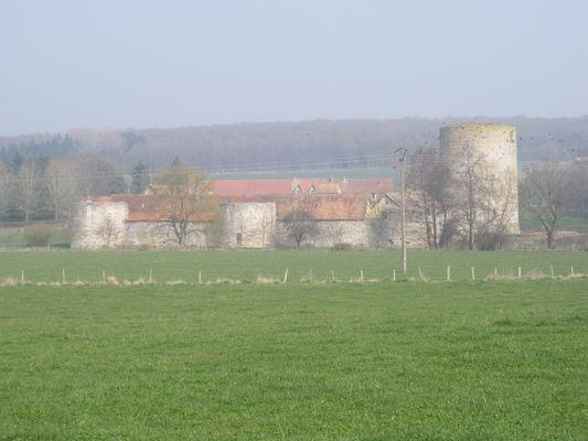 château de Nesles près