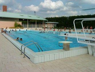 piscine2<Chaourse<Aisne<Picardie