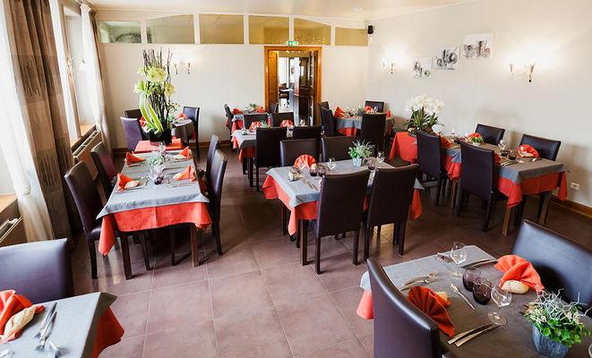 Restaurant Chez Jeannot salle II < Etouvelles < Aisne < Picardie