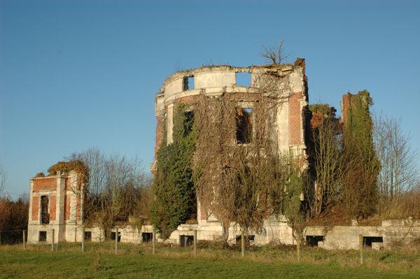 villequier-aumont_ruines_chateau_2