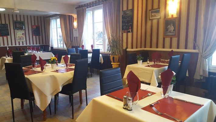 Hôtel-Restaurant Le Chateaubriand < Brunehamel < Thiérache < Aisne < Hauts-de-France