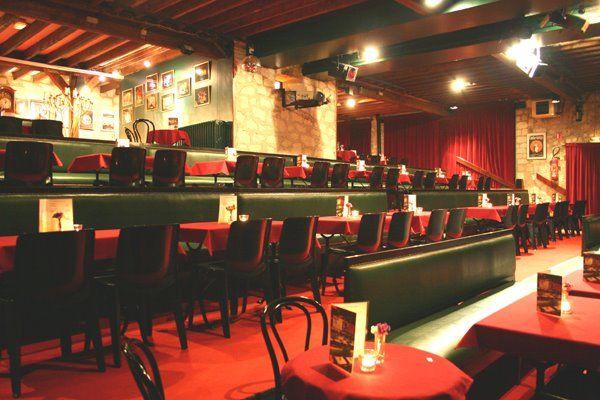 Le théâtre le Petit Bouffon < Villeneuve-Saint-Germain < Aisne < Picardie