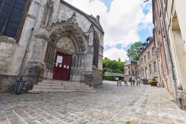 Eglise Saint Pierre 2 < Guise < Aisne < Picardie