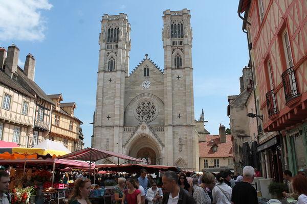 Chalon-sur-Saone-Cathedrale-coeur-de-ville-patrimoine-2014-OT--61-