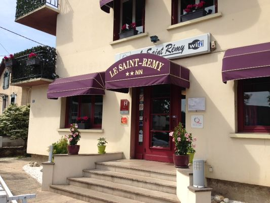 Acceuil-Hotel-Le-St-Remy-Chalon-Sur-Saone