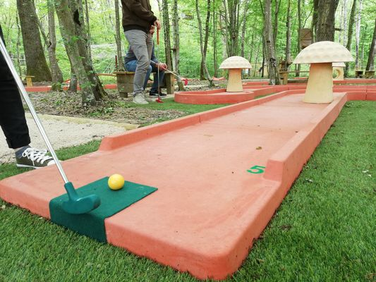 Givry---Mini-Golf---2019--3--