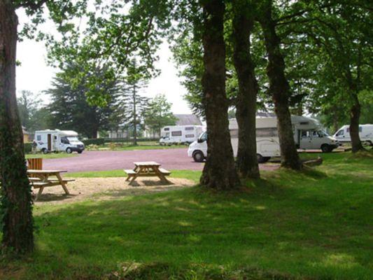 Aire_de_Service_Camping_Car_Paimpont