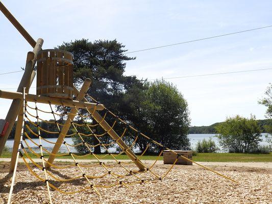 Jeux-Lac-de-Tremelin-3