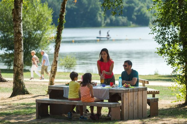 Lac de Trémelin Iffendic Bretagne Brocéliande ©Emmanuel Berthier (1)