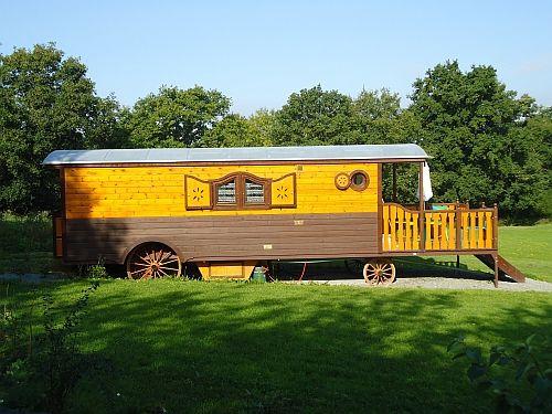 Les roulottes de Trénube au jardin de la Moinerie à Talensac