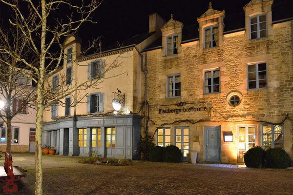 Hôtel-Restaurant L'Auberge Bretonne