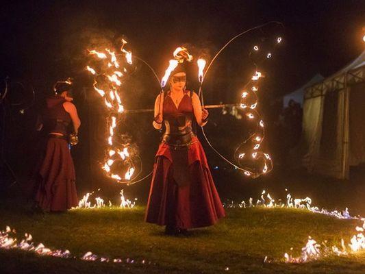 Festiv'été - Tan Elleil - Spectacle de feu - Josselin - Morbihan - Bretagne