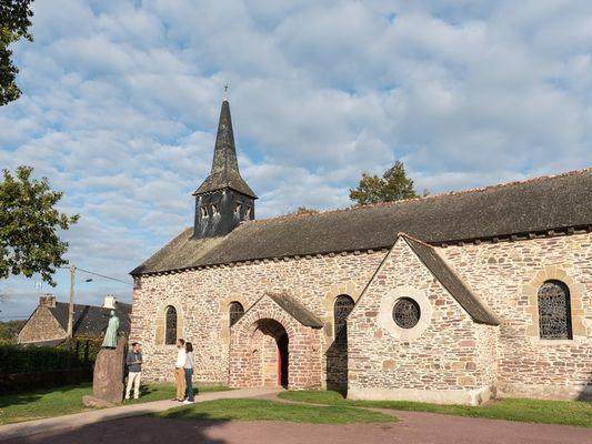 Eglise-Graal-Tréhorenteuc-Brocéliande-Morbihan-Bretagne
