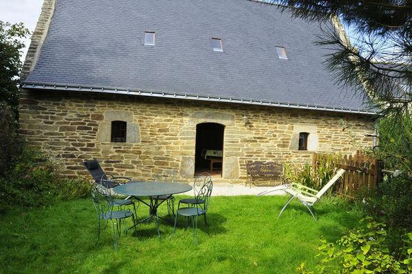 vieux-moulin-gite-jardin