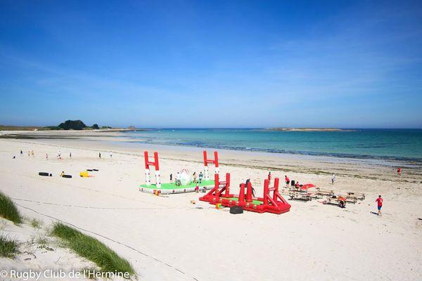 Site du Beach Rugby Hermine (plage des Trois Moutons à Lampaul-Ploudalmézeau)