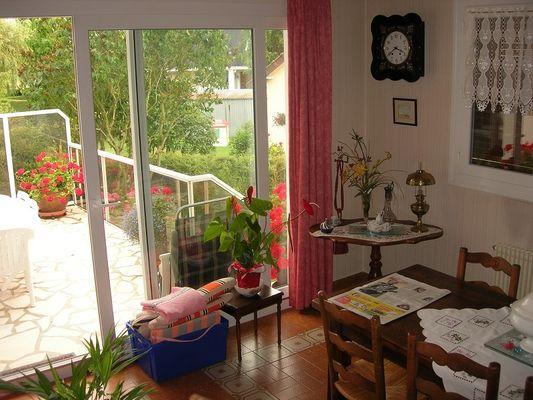 Chez Mado séjour et terrasse