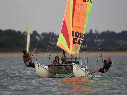 Catamaran - Club de voile et de pagaie de Franceville