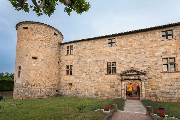 Chateau des ducs de joyeuse - Couiza_2