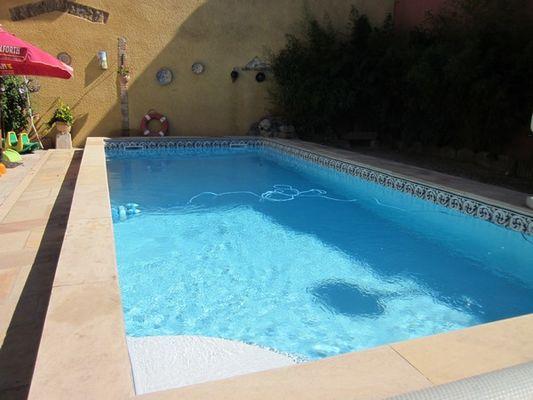 Chez Martine côté piscine_9