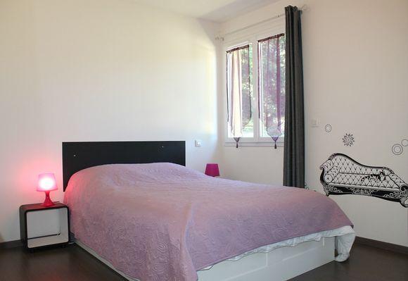 Maison_de_verdure_villa_contemporaine_grand_jardin_Sarlat5