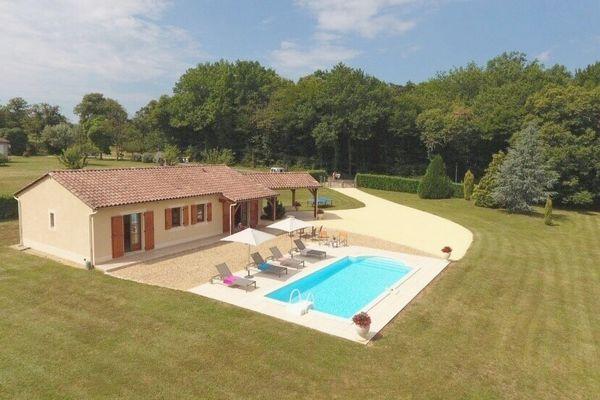 CHATAIGNE - piscine privée - vallée vézère - lascaux