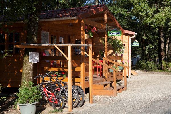 Camping la Garenne _Chalet d'accueil©DELEBARRE