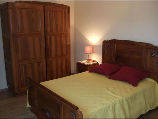 Chambre 1 red