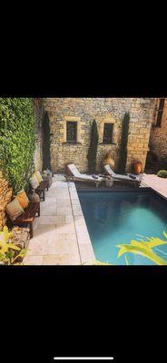 Exterieur-Chateau--piscine-3