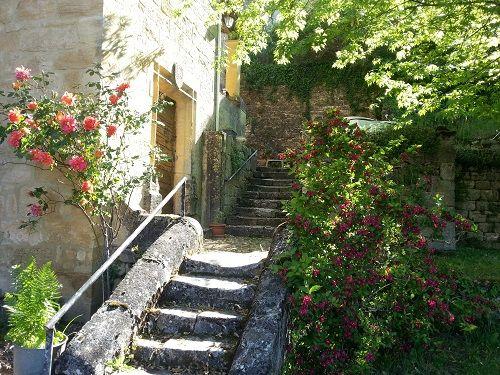 Extérieur3_Escalier_Le Manoir de Calux redim