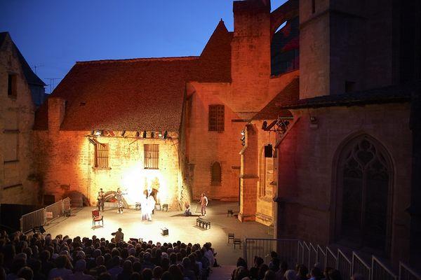 sarlat -Festival des Jeux du Théâtre