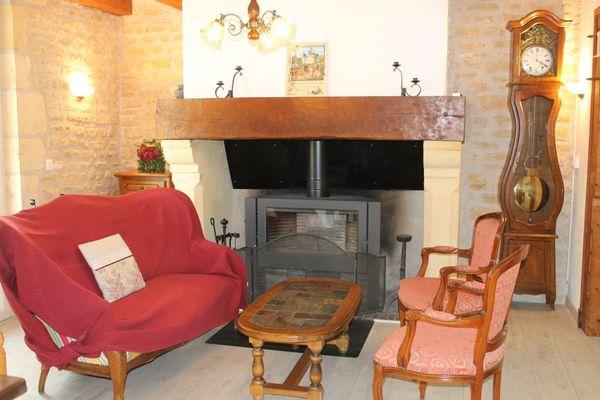 Villa lou claou - piscine couverte - proche lascaux (4.)