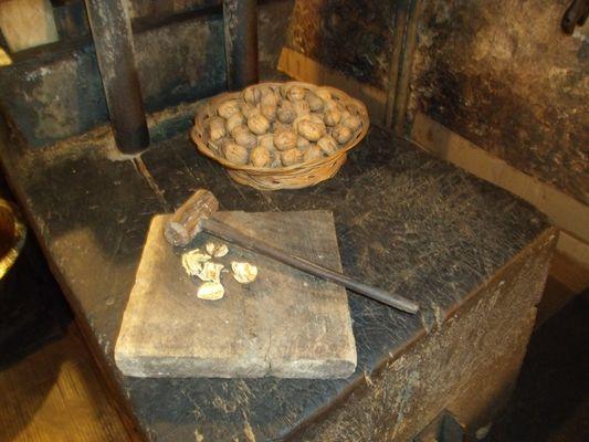 moulin huile de noix La Veyssière Neuvic