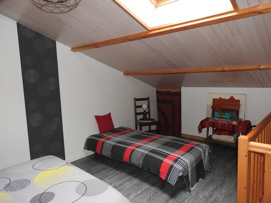 bressuire-terves-chambre-dhotes-appart-les-jards-chambre3