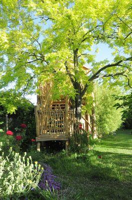 bressuire-chambre-dhote-cabane-niglo-arbre