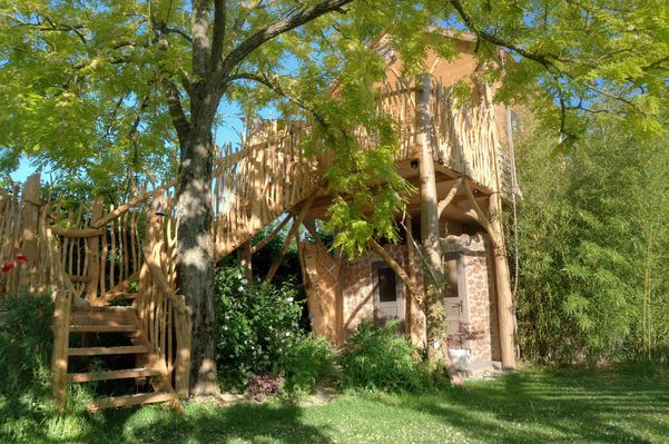 bressuire-chambre-dhote-cabane-niglo-facade