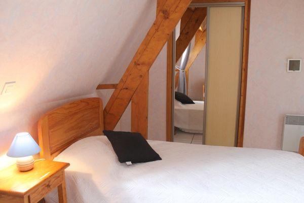 080006-LE DOUBLE - maison de vacances avec piscine privée et couverte - Beynac (78)