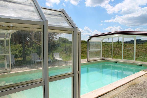 080006-LE DOUBLE - maison de vacances avec piscine privée et couverte - Beynac (87)