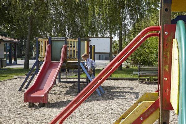L'aire de jeux pour enfants