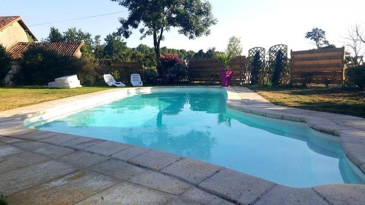 clesse-gites-des-freaux-piscine.jpg_3