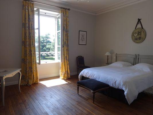 Loublande-chateau saint-georges-chambre Louise1-sit.jpg_7