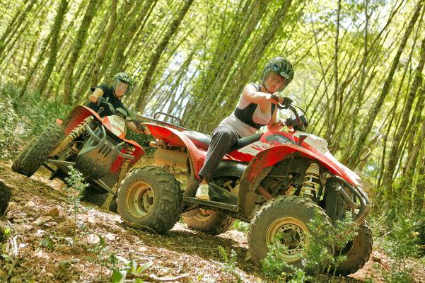 Quad en forêt Lasserre