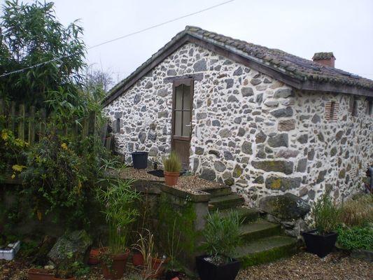 La Foret-sur-sevre-gite-de-PeachCottage-facadebis-sit.jpg_6