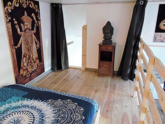 ecole-buissonniere-gite-lecole-du-voyage-chambre1-mezzanine.jpg_2