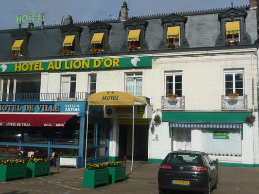 Au Lion d'Or façade